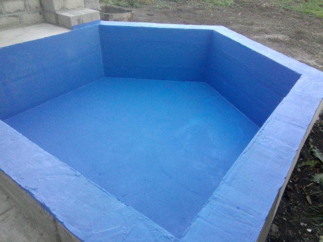 бассейн синий